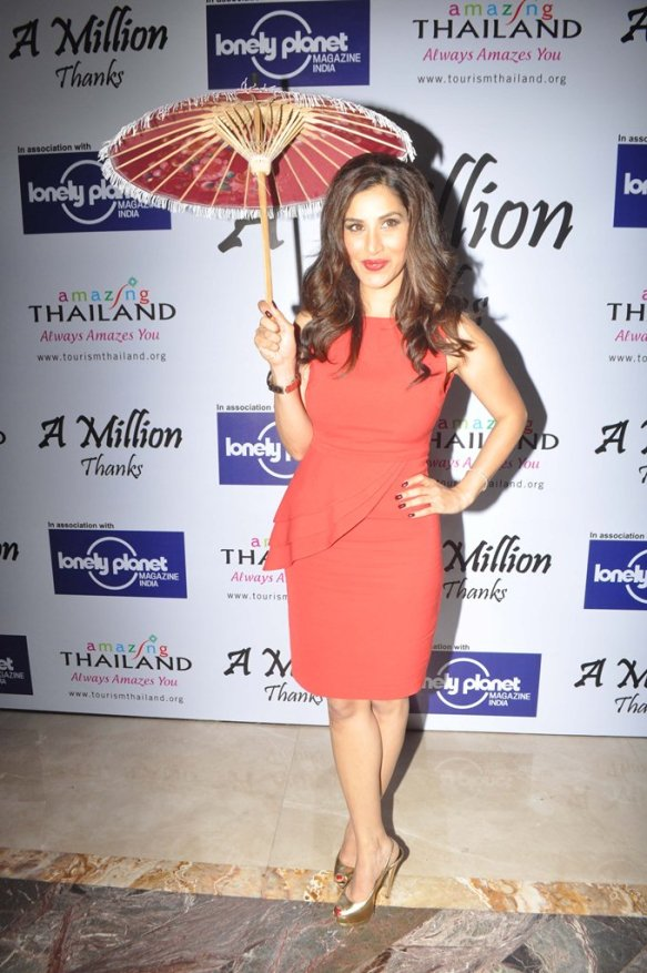 Sophie Chaudhary at the Million Thanks Evening at Shangri La,,