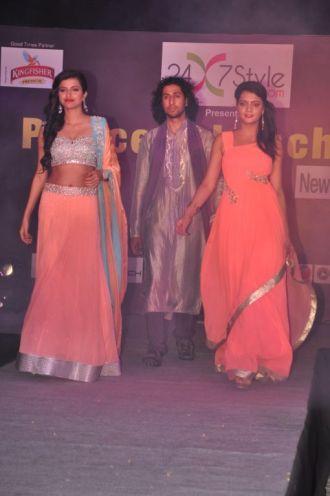 06-Models wearingZanaaya Couture by Designer Shouger Merchant Doshi@Sea Princess,Juhu