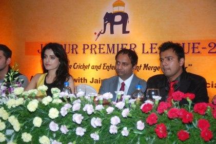 Ameesha Patel, Mr. Mahesh Chakankar, & Prashant Mishra at the Launch of 'Jaipur Premier League' Season-2