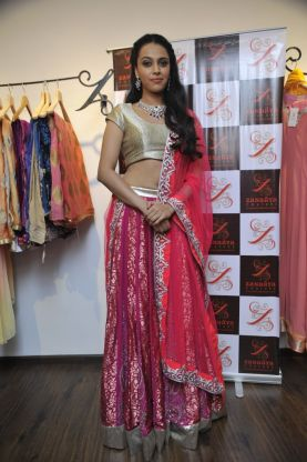 03- Actress Swara Bhaskar@Zanaaya Couture Store Launch,Kemps Corner