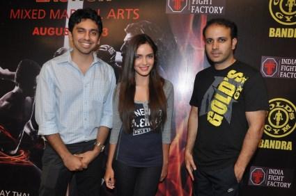 1. L - R Mr. Karan Valecha, Director Gold's Gym India_ Shazahn Padamsee and Mr. Istayak Ansari, COO Gold's Gym India for MMA @ Gold's Gym Bandra