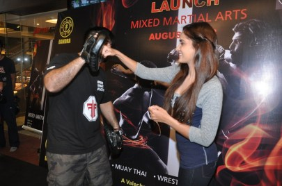 7. Shazahn Padamsee for MMA @ Gold's Gym Bandra (2)