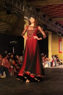 Sonal_Chauhan_AlpaReena_Collection_Launch_1