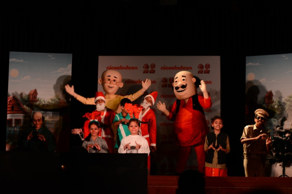A still from the play enacted as a theatrical from the Christmas Special episode of Motu Patlu