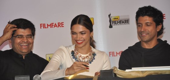 Editor Jitesh Pillaai , Deepika Padukone & Farhan Akhtar launched the 59th Idea Filmfare Awards Special issue at JW Marriott.3