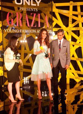 Mehernaaz (Editor, Grazia) Mr. Tarun Rai (CEO, WWM) & Grazia Face of the Year, Shraddha Kapoor at the Grazia Young Fashion Awards 2014 at the Leela,