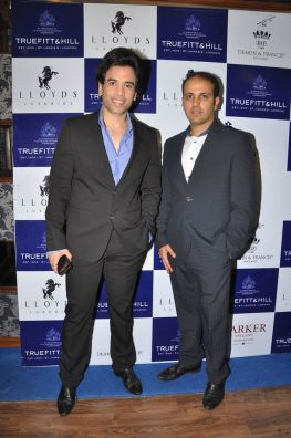 01 Tushar Kapoor and Mr. Istayak Ansari, Director Lloyds Luxuries Ltd. @ Truefitt & Hill launch event