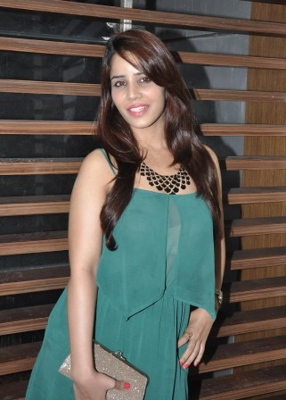 Priti Sharma at the '10th Excellence National Best Debutante Awards 2014'.2
