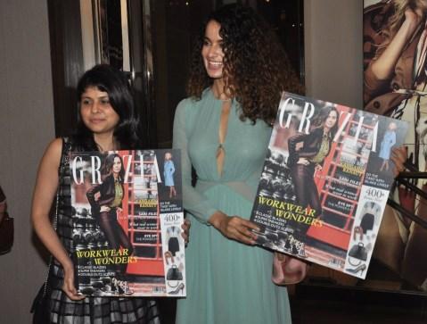 Mehernaaz Dhondy (Editor, Grazia) & Kangana Ranaut launched the Grazia Magazine Cover at Burbberry.2