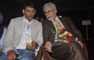 Ravi Kishan & Naseeruddin Shah released Quaiser Khalid's Poetry at Pasbaane Adab's 'Third Inrenational Poetry Festival'.3