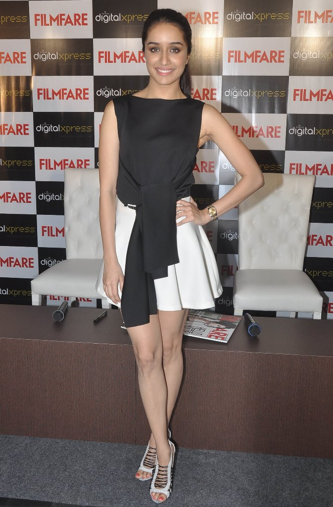 Shraddha Kapoor at the Filmfare Magazine cover launch at Reliance Digital, Prabhadevi.10