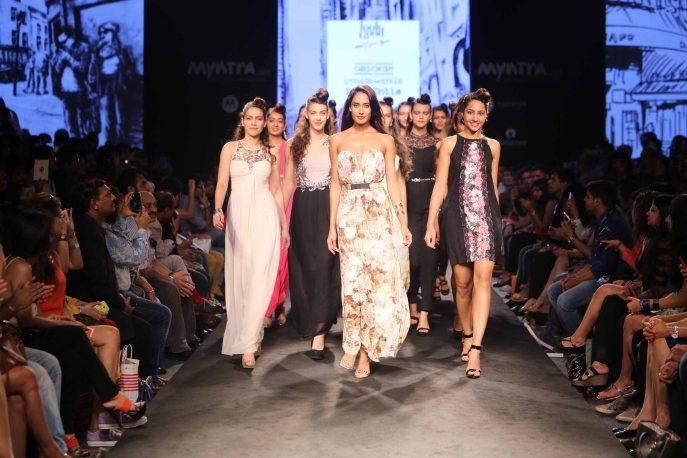 Myntra Fashion Weekend 2014 Presents Fiesty Feminine Women_s Wear with Actress Lisa Haydon on Day 3 (4)