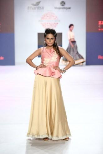 05 Model in Designer Shouger Merchant Doshi's creation @ Pune Fashion Week Season V