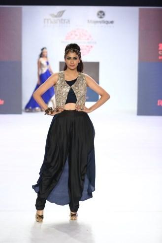 06 Model in Designer Shouger Merchant Doshi's creation @ Pune Fashion Week Season V