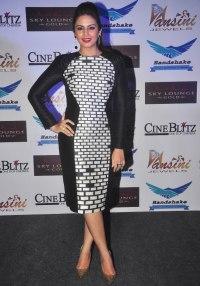 Huma Qureshi at the CineBlitz magazine cover launch at SheeSha Sky Lounge Gold, Juhu.3