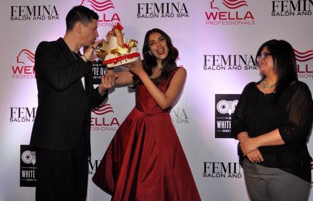 Stan Darren Newton , Aditi Rao Hydari & Tanya Chaitanya (Editor, Femina) launching at the Femina Salon & Spa magazine cover at the White Owl Lounge.7