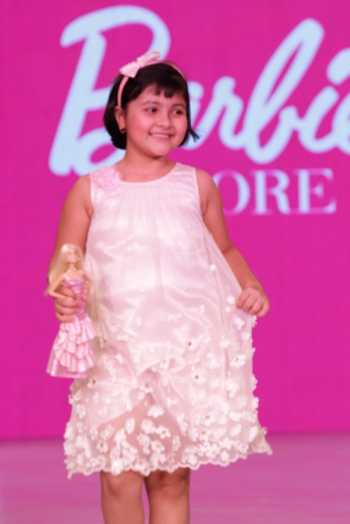 Child actor Amrita Mukherjee, showstopper for the Barbie show at IKFW, 2015
