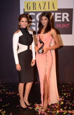 Grazia Cover Girl Hunt Winner Ashwati Ramesh with Esha Gupta at the Grazia Cover Girl Hunt Finale