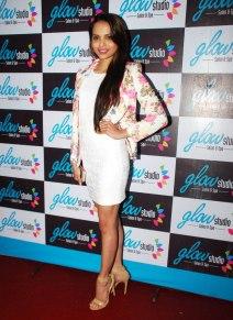 Femina Miss India - Gail Nicole Da Silva inaugurated the 'Glow Studio Salon & Spa' in Thane