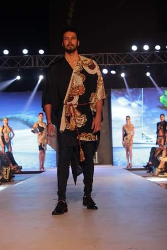 Rajneesh Duggal in Pria Kataaria Puri@Tech Fashion Tour