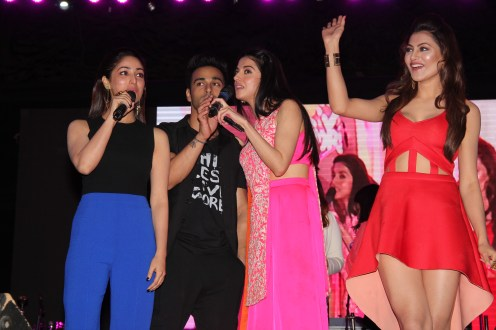 Yami Gautam, Pulkit Samrat, Divya Khosla Kumar & Urvashi Rautels singing the title track Sanam Re