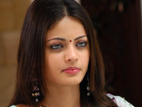 bollywood-red-sneha-ullal
