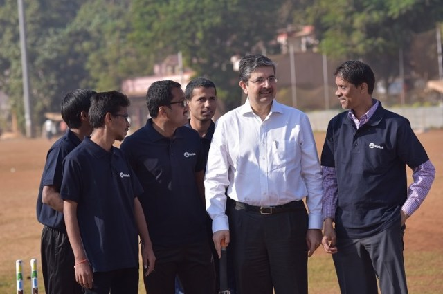 Uday Kotak Interacting