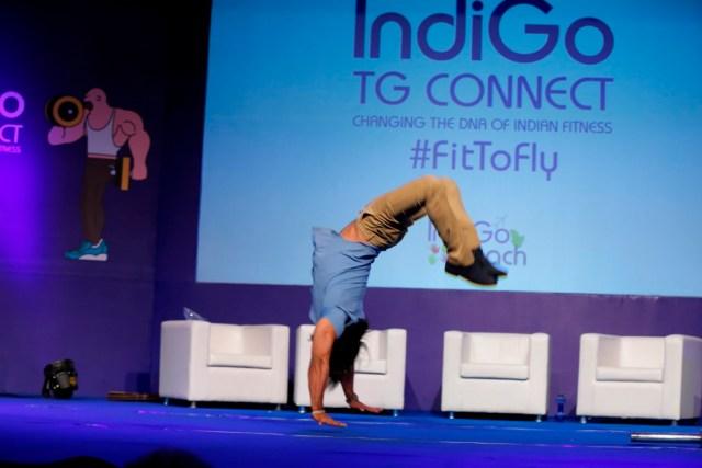 Actor Thakur Anoop Singh doing his famous back flip at IndiGo FitToFly TG Connect conclave in Mumbai