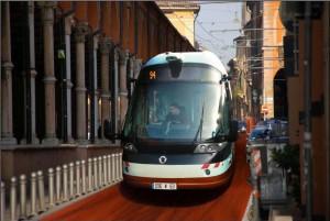 """Non c'è pace per il Civis: """"Inquina"""" Il giallo dell'omologazione del tram"""