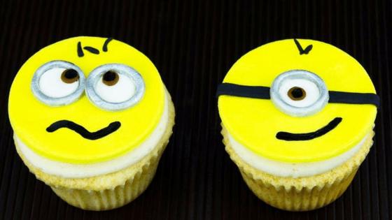 26 IdeiasCupcakes Minions 8 - Cupcakes Minion : 11 Ideias de decoração