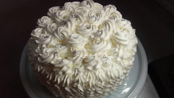 20161126 121253 - Como preparar o bolo para receber o recheio