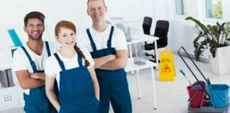 personal de limpieza cleaning service work_edited