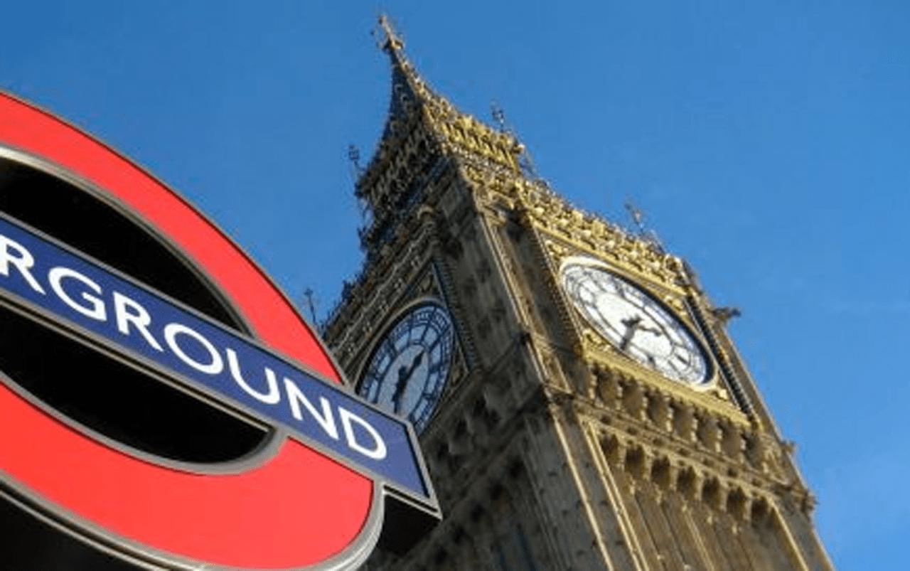 Londres finaliza el jueves en rojo