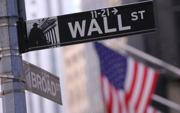 Fuertes descensos en Wall Street