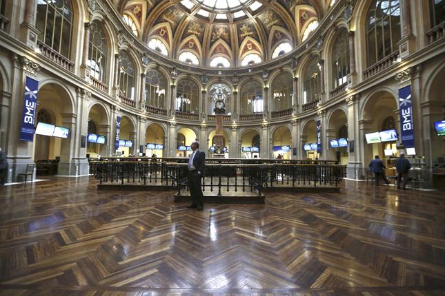La Bolsa de Madrid gana un 0,76% al cierre