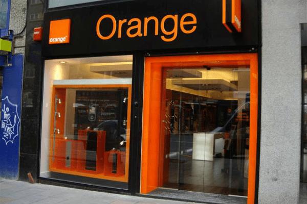Orange encarga a Credit Suisse analizar la OPA a Euskaltel