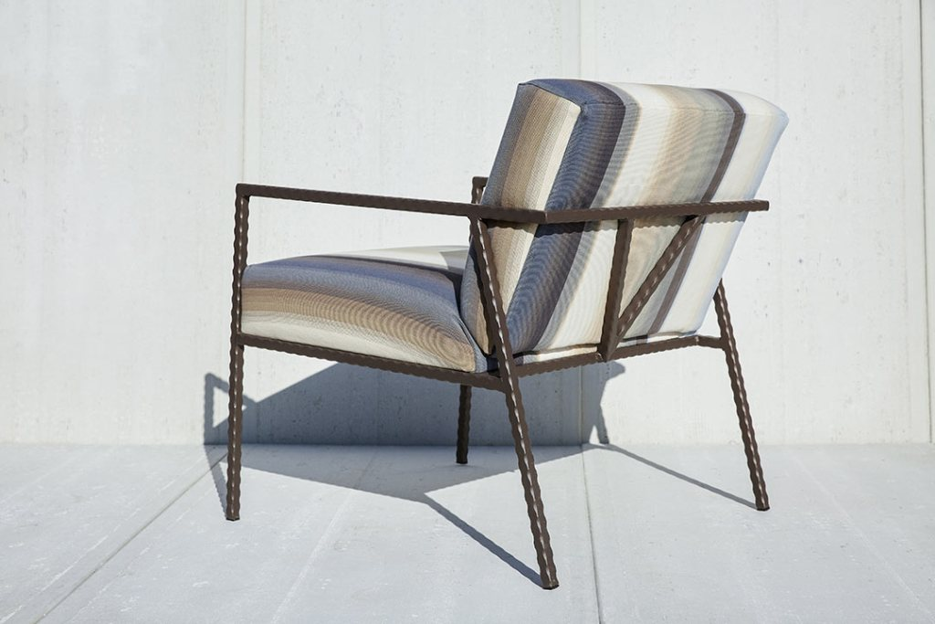 Bolster-Vigor-4-Chair-Where-Sustainability-and-Function-Meet