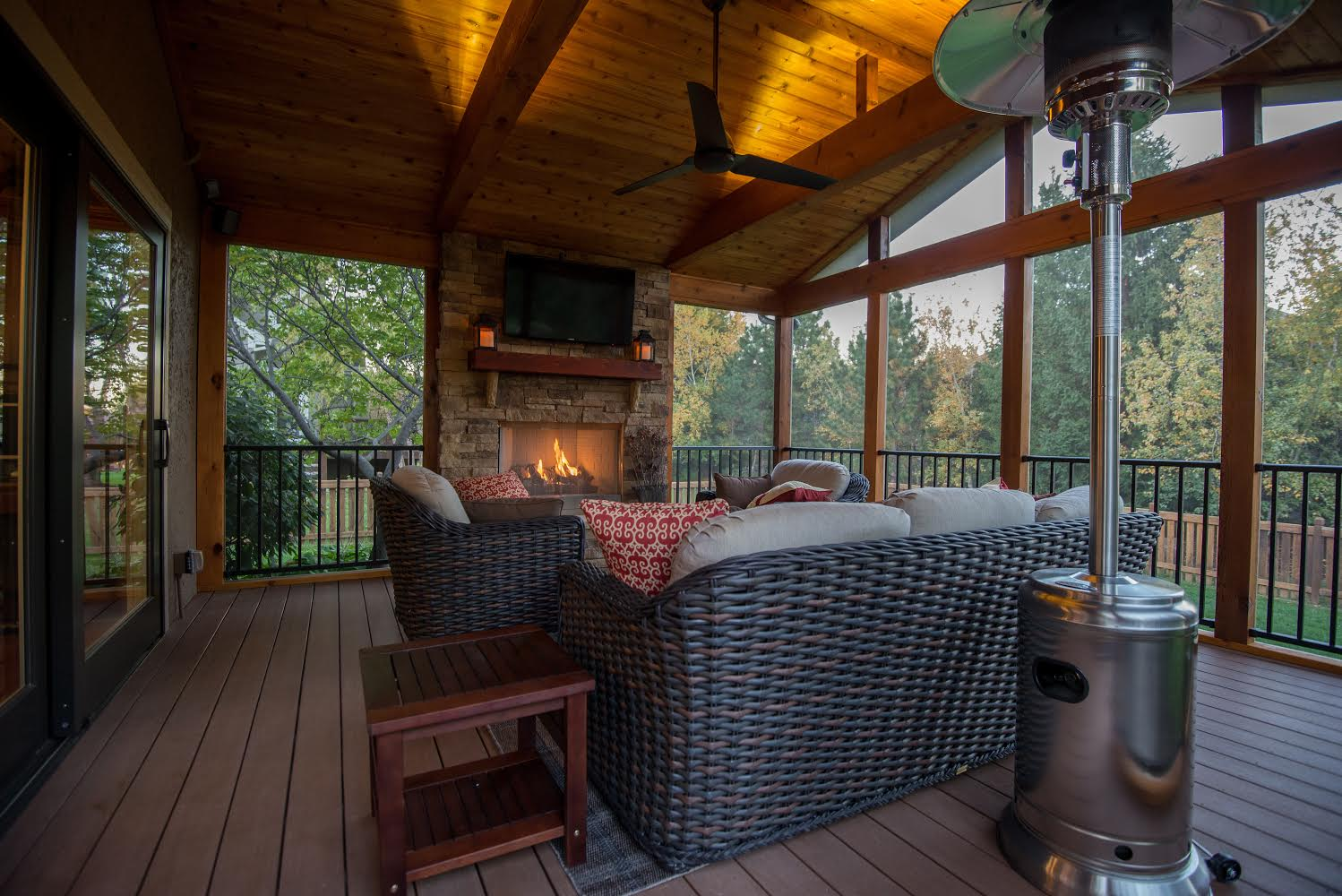 Outdoor fireplaces in Kansas City, Overland Park, Olathe ... on Outdoor Gas Fireplace For Deck id=46046