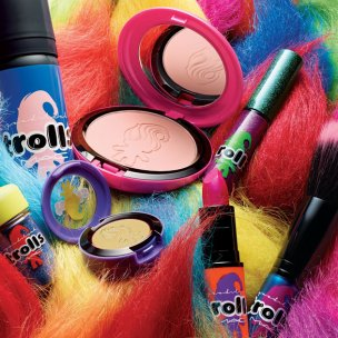 Collection Trolls Mac Cosmetics, à partir de 19 euros sur Mac Cosmetics