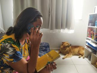 Secretaria Estadual de Cultura do RJ oferece serviço solidário em tempos de isolamento social | Histórias Por Telefone
