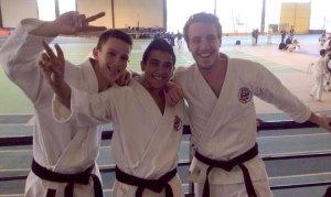 Kevin (3e), Ruben (1er) et Julien (2nd) ont également réalisé l'incroyable : les 3 places du podium Kata