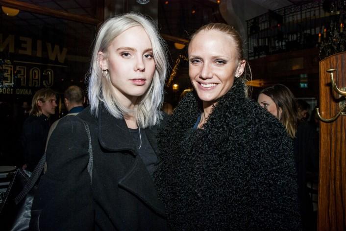 Hilda Sandström med vän