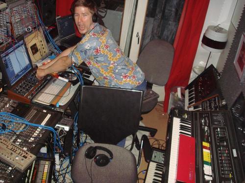 Jesper+Dahlbck+jamming+with+jesper+in+the+old
