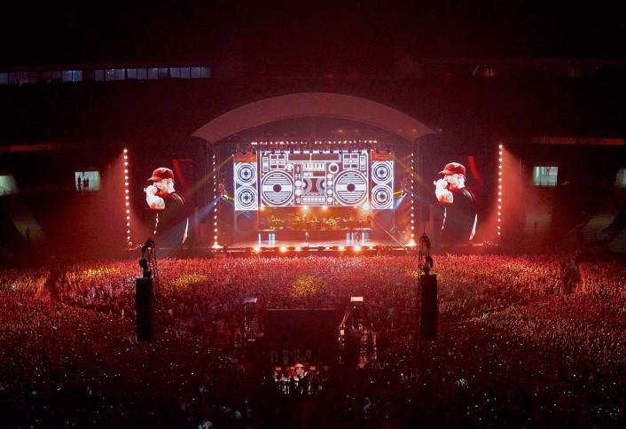 2014.07.11-Eminem-Last-night-at-Wembley---see-you-again-tonight.-Photo-by-Jenny-Risher