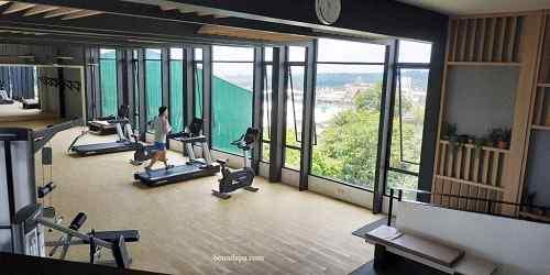 Gym hotel senyum world Batu Malang
