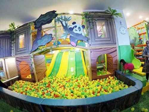Indoor playground hotel senyum world Batu Malang