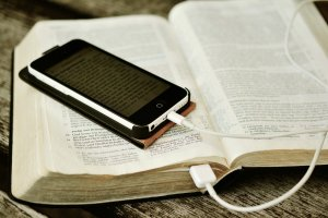 bible, iphone, mobile phone