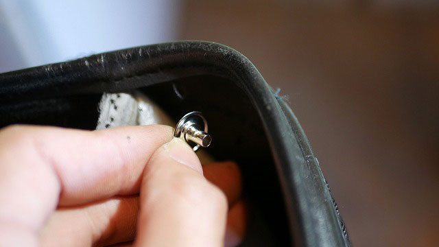 (TUMI)トゥミ/キャディバッグの本体側スナップ外れを交換修理