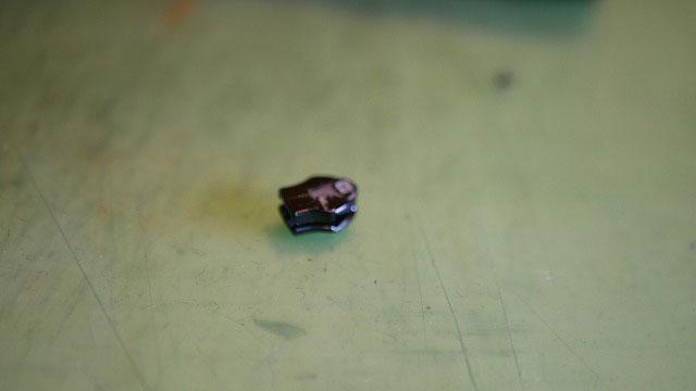 (BURTON)バートン/キャディバッグフードから取り外した破損したファスナースライダー