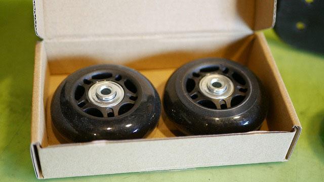 (THE NORTH FACE)ノースフェイス/キャリーバッグのキャスター修理に使用する汎用車輪